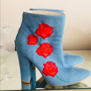 Cape Robbin 8 denim blue red boots booties